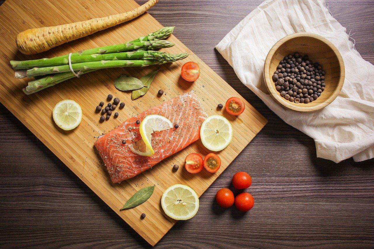Colesterolo-alto-cosa-mangiare
